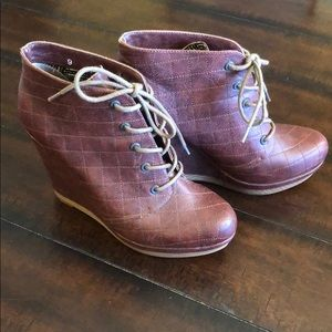 Seychelles Best Laid Plans quilted wedge booties